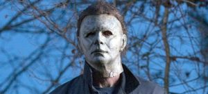 halloween-michaelmyers-masked-daylight-700x321